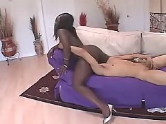 Fast and sweaty sex with ebony plump woman